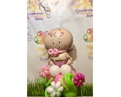 Пупс на клумбочке с цветами девочка/мальчик